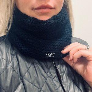 Ugg fleece lined neck warmer scarf